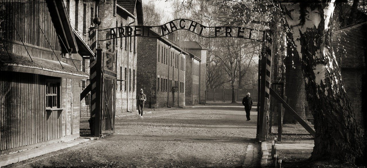 Auschwitz 1066516 1280